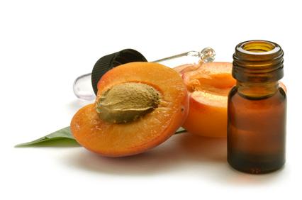 Aprikosenkernöl